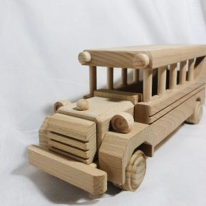 Houten speelgoed schoolbus